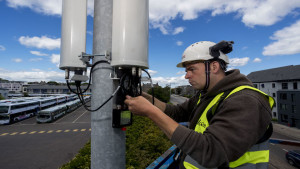 Engineering working on 5G network